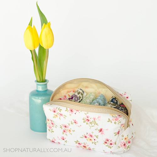 Hannahpad Zip Carry Pouch (holds 6 pads) - Lovely Flower