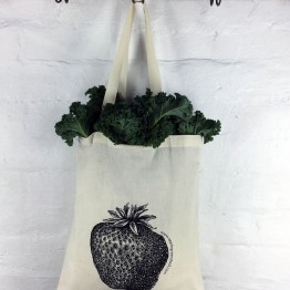 Apple Green Duck Calico Reusable Shopping Bag - Strawberry