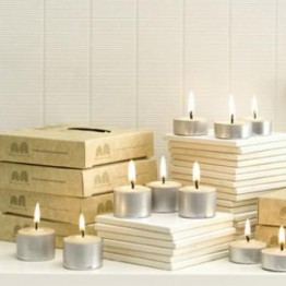 Queen B Beeswax Tealight Candles Box of 9 (8-9hrs burn each - 31c/hour)