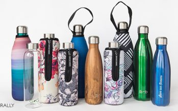 Beautiful Beaches bottles – new design covers with woodgrain bottle